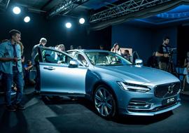 Volvo Car Russia представила в Москве флагманский седан Volvo S90